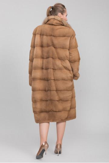 Шуба - пальто из меха велюровой американской норки,воротник из меха соболя, цвет-золото (110 см)