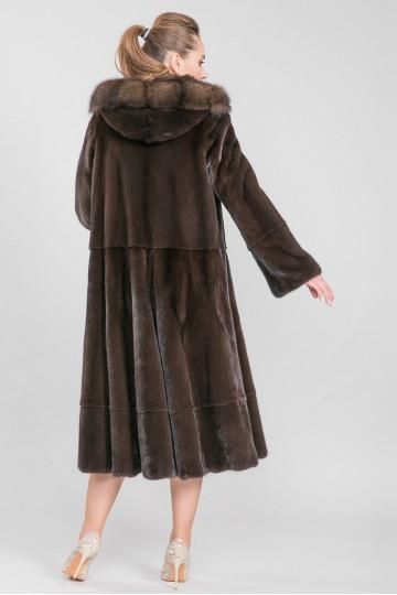 Шуба из меха американской аукционной норки коричневый (115-125 см)